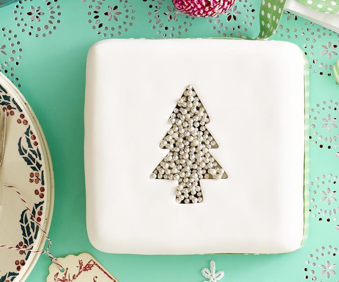 celebration christmas cakes