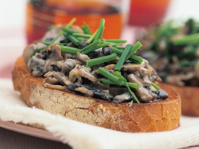 "**[Creamy mushroom bruschetta](https://www.womensweeklyfood.com.au/recipes/creamy-mushroom-bruschetta-14532|target=""_blank"")**"