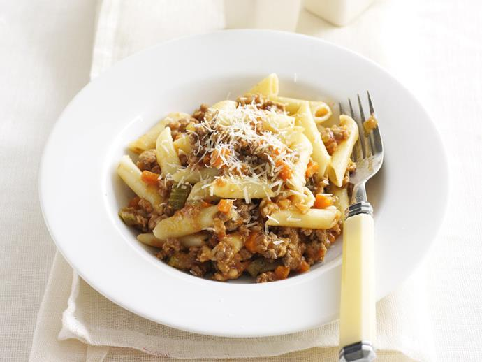 "**[Penne bolognese](https://www.womensweeklyfood.com.au/recipes/penne-bolognese-5856|target=""_blank"")**"