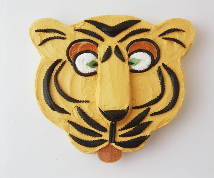 timothy tiger kids' cake