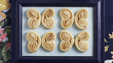 Palmiers with honey cream