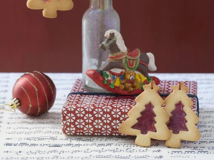 """[Stained glass Christmas trees](http://www.womensweeklyfood.com.au/recipes/stained-glass-christmas-trees-6005