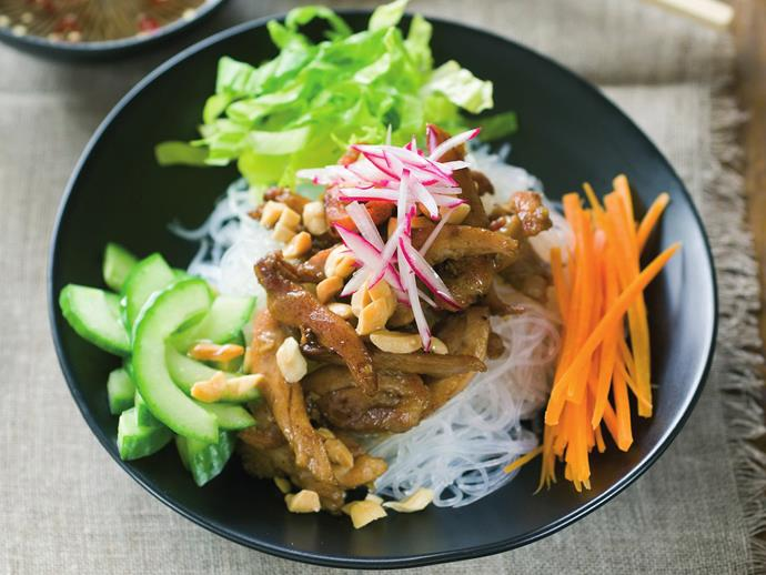 "This [lemongrass chicken with vermicelli salad](https://www.womensweeklyfood.com.au/recipes/lemon-grass-chicken-with-vermicelli-salad-13845|target=""_blank"") uses delicate rice vermicelli noodles that compliment the summery, zesty flavours."