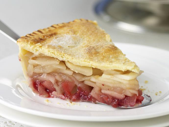 "**[Apple cranberry pie](https://www.womensweeklyfood.com.au/recipes/apple-cranberry-pie-13994|target=""_blank"")**"