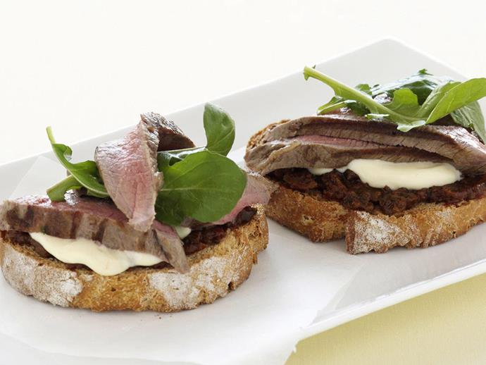 "**[Lamb and rocket bruschetta](https://www.womensweeklyfood.com.au/recipes/lamb-and-rocket-bruschetta-13166|target=""_blank"")**  A delicious and filling antipasto that is perfect for tapas or cocktail food."