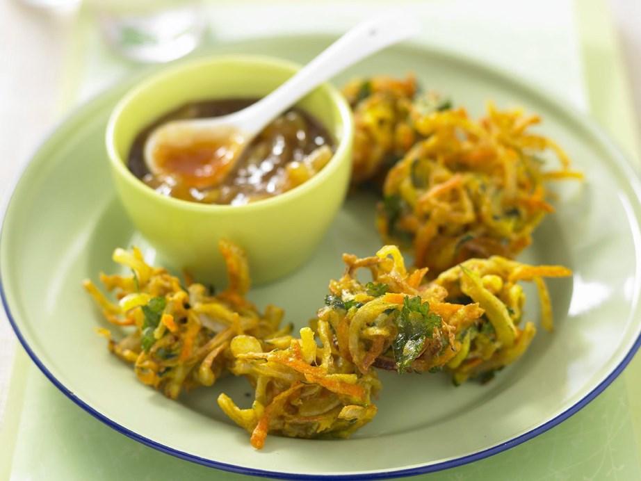 "**[Zucchini and carrot bhaji](https://www.womensweeklyfood.com.au/recipes/zucchini-and-carrot-bhaji-13253 target=""_blank"")**"