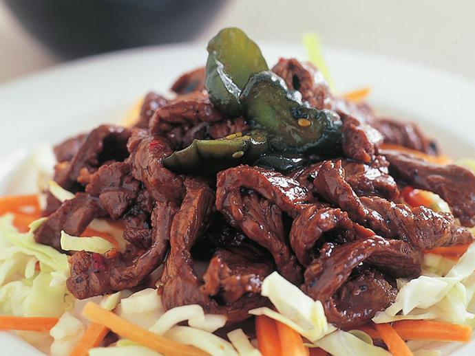 "Sticky and sweet Asian-style [teriyaki steak](https://www.womensweeklyfood.com.au/recipes/teriyaki-steak-12806|target=""_blank"") on a bed of pickled cucumber, carrot and cabbage."