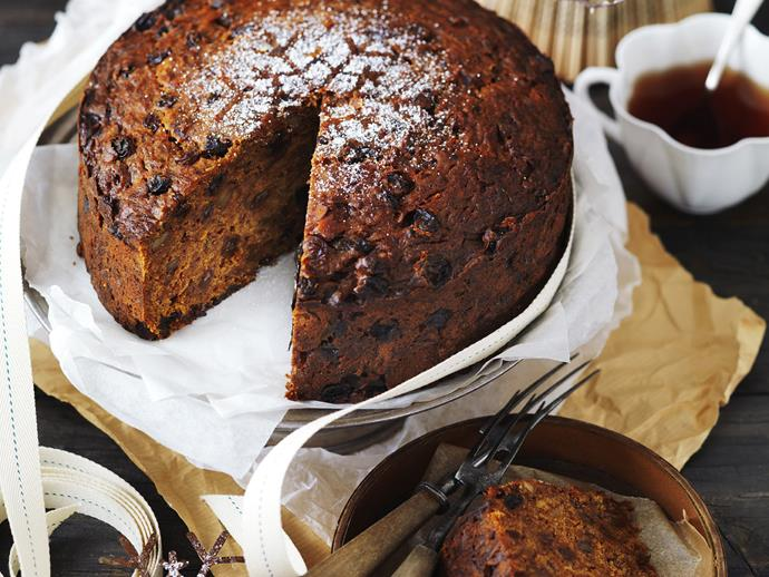 """**[Pineapple and carrot fruit cake](https://www.womensweeklyfood.com.au/recipes/pineapple-and-carrot-fruit-cake-5283