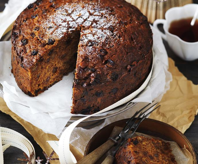 pineapple and carrot fruit cake