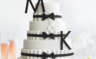 Pleats & bows ribbon cake