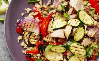 quinoa salad with char-grilled vegetables and tuna