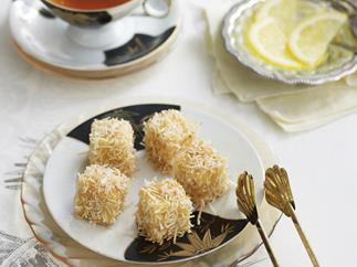 mini almond coconut lamingtons
