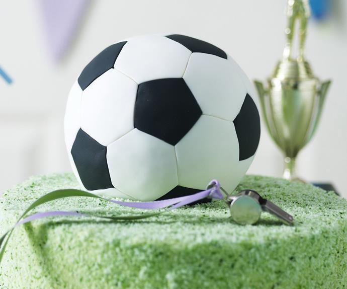 Sport-themed birthday cakes
