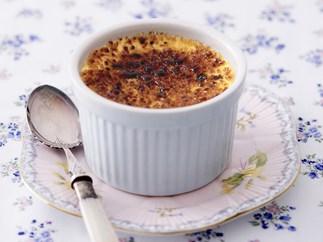 passionfruit crème brûlée