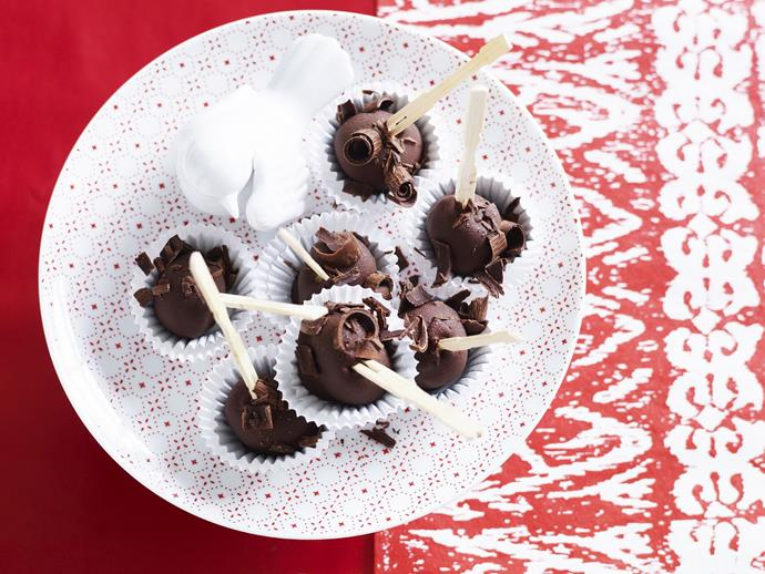 "**[Christmas ice-cream pudding bites](https://www.womensweeklyfood.com.au/recipes/christmas-ice-cream-pudding-bites-11862|target=""_blank"")**"