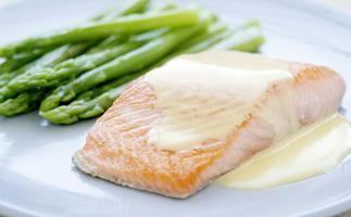 fish with creamy white wine sauce