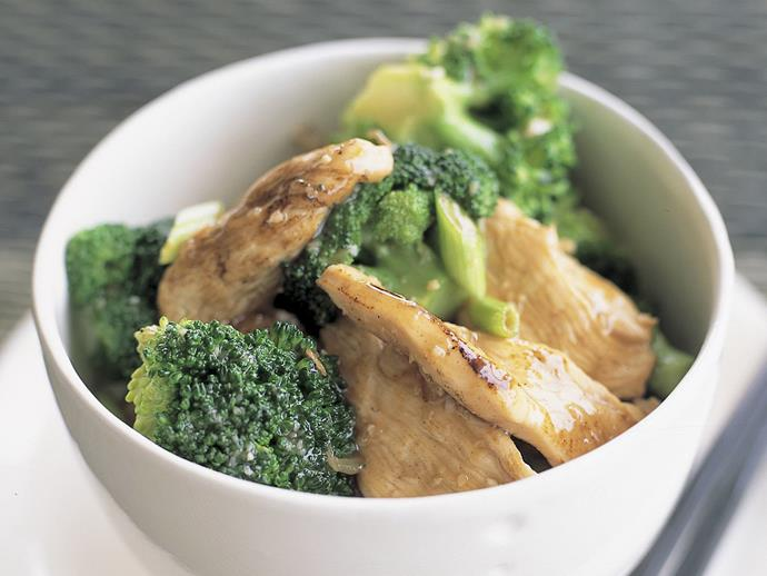 "[**Chicken and broccoli with oyster sauce**](https://www.womensweeklyfood.com.au/recipes/chicken-and-broccoli-with-oyster-sauce-11418|target=""_blank"")**"