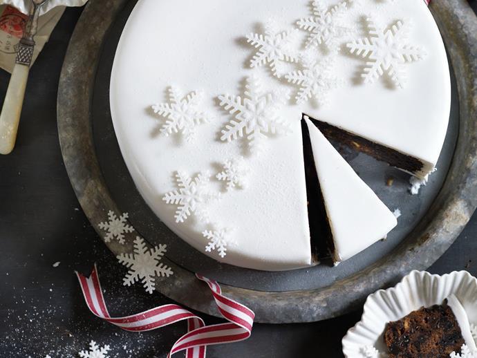 "[Rich hazelnut fruit cake](http://www.foodtolove.com.au/recipes/rich-hazelnut-fruit-cake-29088|target=""_blank"")"