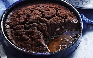 tiramisu self-saucing pudding
