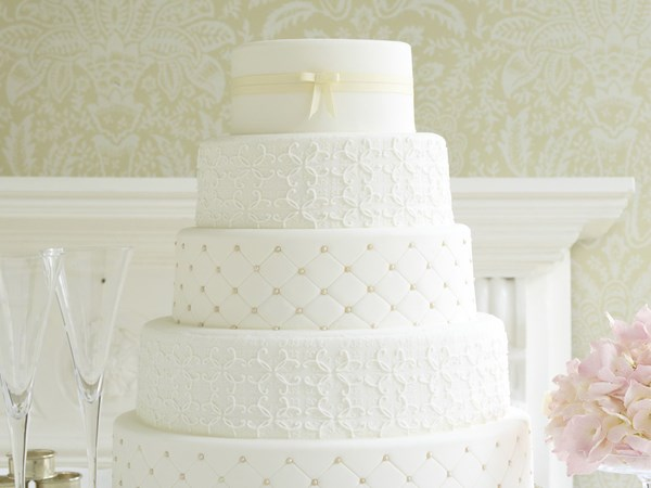 Gorgeous Cake Recipes Uk: Gorgeous Wedding Cakes To Make From Scratch