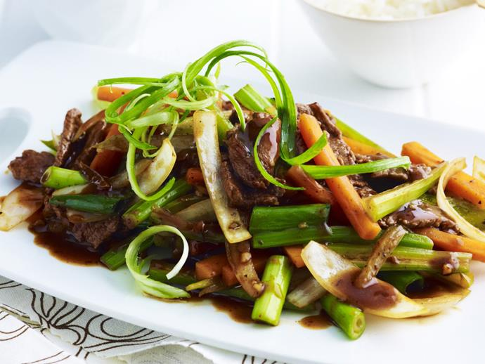 """Crunchy, fresh and delicious, this [beef and black bean sauce](https://www.womensweeklyfood.com.au/recipes/beef-with-black-bean-sauce-16572