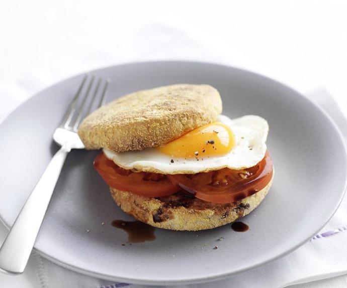 tomato and egg muffin