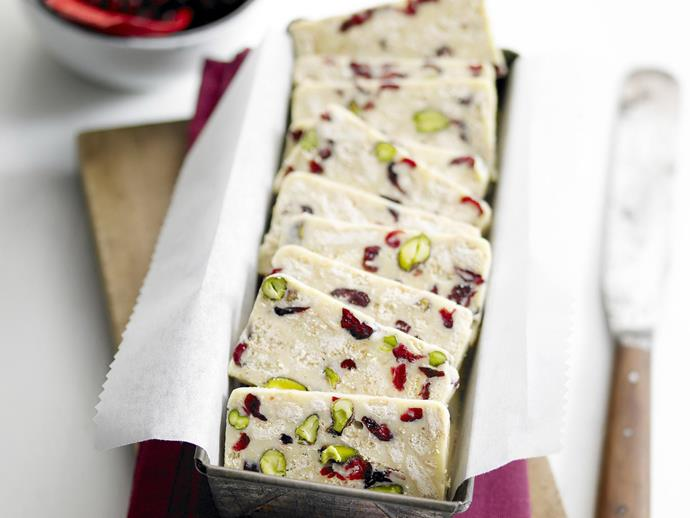 "**[White chocolate, cranberry and pistachio hedgehog slice](https://www.womensweeklyfood.com.au/recipes/white-chocolate-cranberry-and-pistachio-hedgehog-slice-11172|target=""_blank"")**"