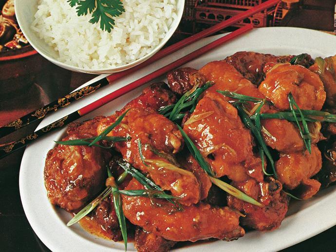 "**[Honey chilli chicken](https://www.womensweeklyfood.com.au/recipes/honey-chilli-chicken-10631|target=""_blank"")**"