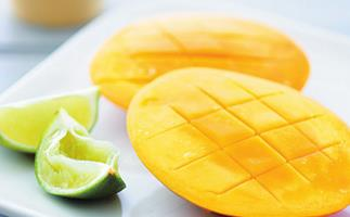How to freeze mangoes