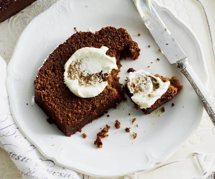GINGER TREACLE SPICE LOAF