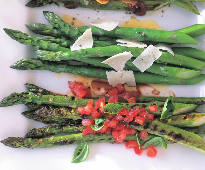 asparagus with three toppings