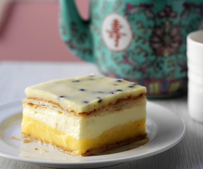 vanilla cheesecake slice