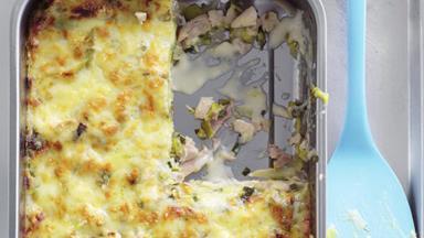 Creamy chicken & leek lasagne