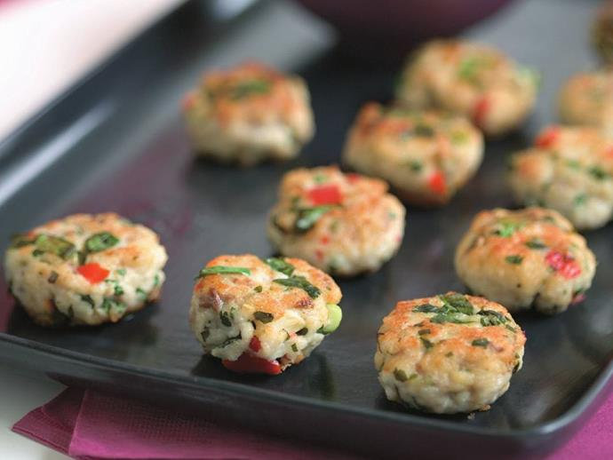 "**[Fish and coriander cakes](https://www.womensweeklyfood.com.au/recipes/fish-and-coriander-cakes-10249|target=""_blank"")**"