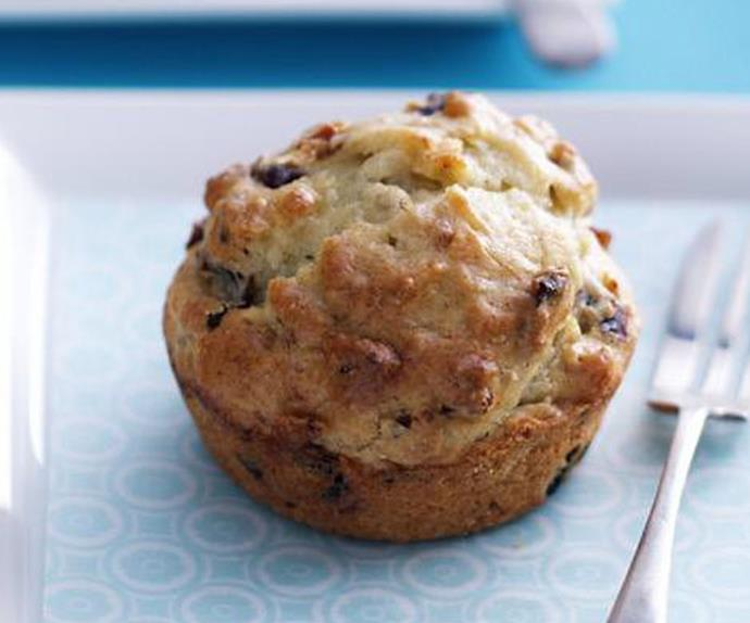 sticky banana and date muffins