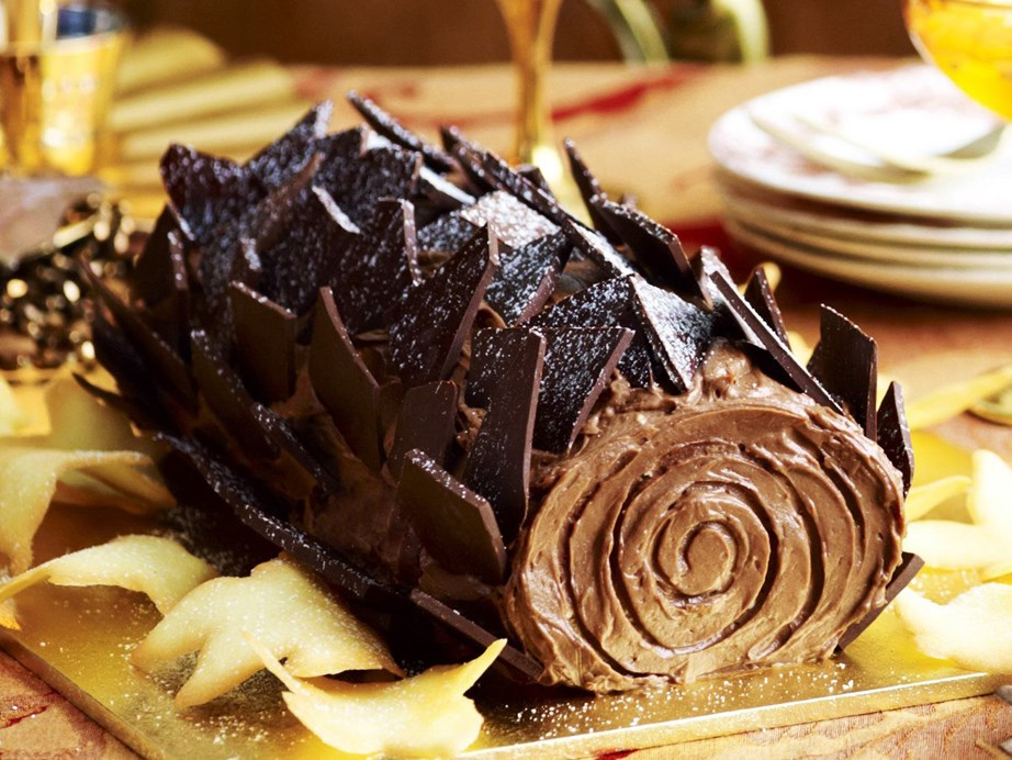 "This gorgeous [chocolate yule log cake](https://www.womensweeklyfood.com.au/recipes/yule-log-9794|target=""_blank"") is a sweet and delicious way to celebrate Christmas in July."
