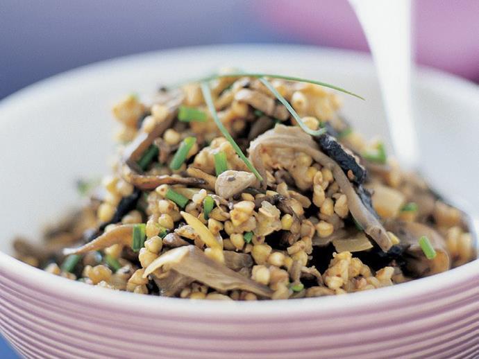 "**[Mushrooms with buckwheat kernels](https://www.womensweeklyfood.com.au/recipes/mushrooms-with-buckwheat-kernels-3874|target=""_blank"")**"