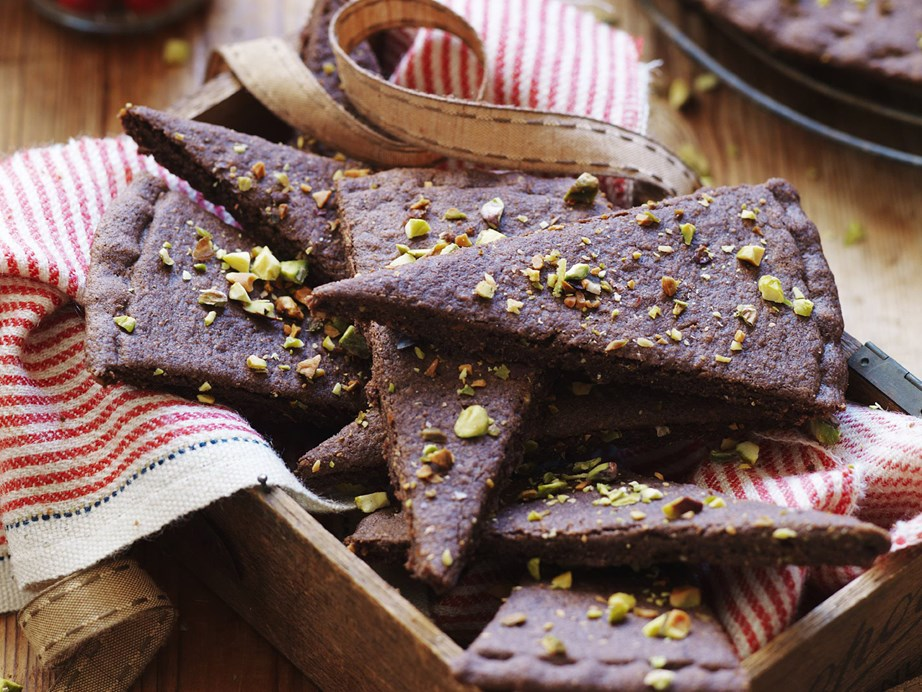 "[**Chocolate pistachio shortbread**](https://www.womensweeklyfood.com.au/recipes/chocolate-pistachio-shortbread-9851|target=""_blank"")  This twist on traditional shortbread will make a perfect homemade Christmas gift."