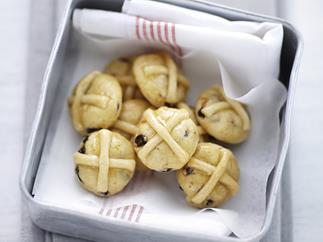Hot cross bun cookies