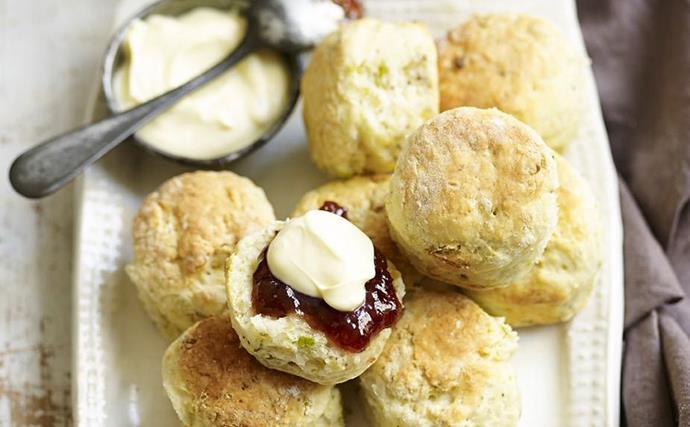 pistachio and rosewater scones
