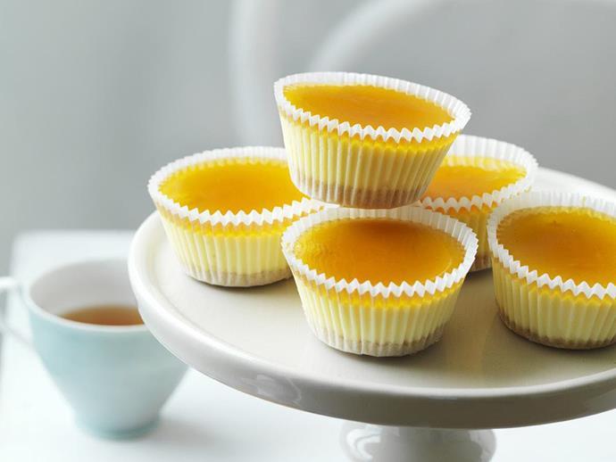 "**[Lemon cheesecakes](https://www.womensweeklyfood.com.au/recipes/lemon-cheesecakes-9182|target=""_blank"")**"