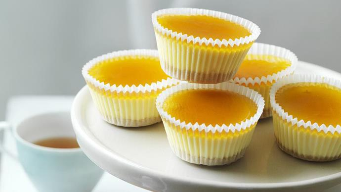 Adorable mini cheesecakes