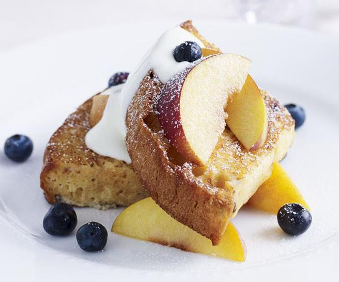 panettone toast with peaches and blueberries