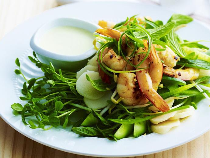 "**[Garlic chilli prawns with sprout salad](https://www.womensweeklyfood.com.au/recipes/garlic-chilli-prawns-with-sprout-salad-9230|target=""_blank"")**"