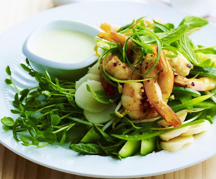 garlic chilli prawns with sprout salad
