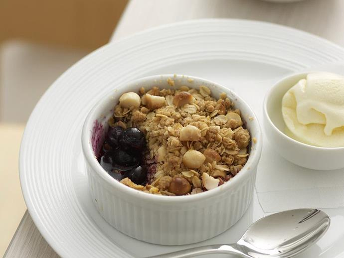 "**[Blueberry crumble](https://www.womensweeklyfood.com.au/recipes/blueberry-crumble-8893|target=""_blank"")**"