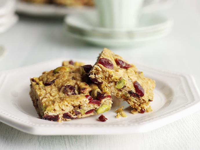"**[Cranberry and muesli slice](https://www.womensweeklyfood.com.au/recipes/cranberry-and-muesli-slice-8903|target=""_blank"")**"