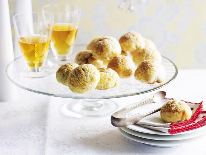 "**[Eccles mince pies](https://www.womensweeklyfood.com.au/recipes/eccles-mince-pies-8467|target=""_blank"")**  This perfect Christmas midday snack goes well with a glass of mulled wine."