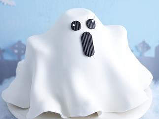 Flying ghost halloween cake
