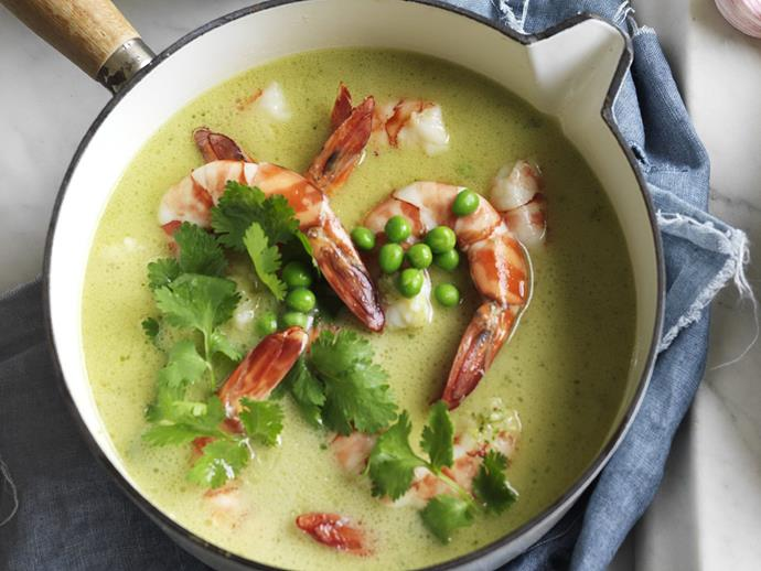 "**[Lemongrass prawn & pea curry](https://www.womensweeklyfood.com.au/recipes/lemongrass-prawn-and-pea-curry-8136|target=""_blank"")**  Again - not strictly fish curry - but light and delicious all the same."